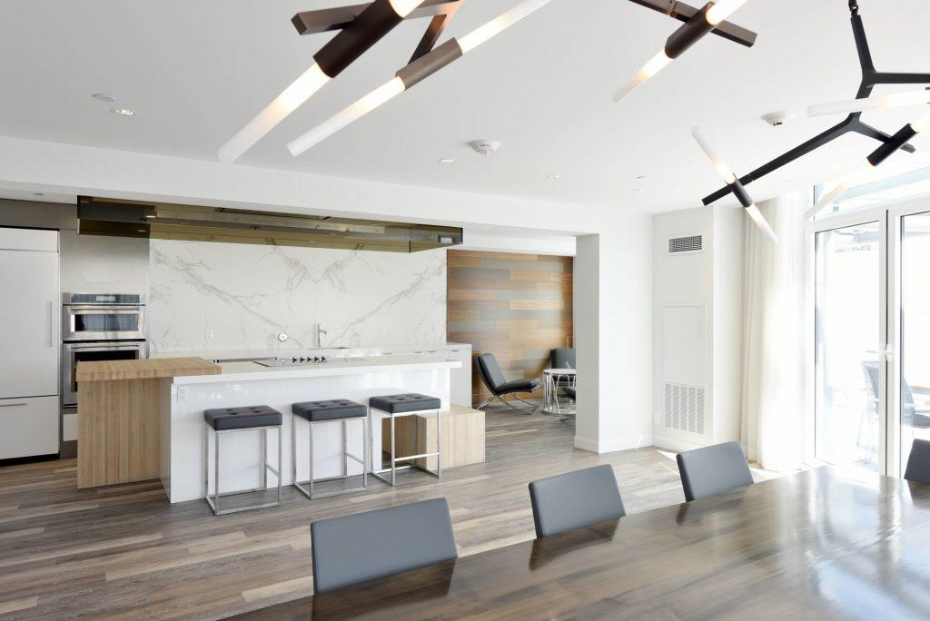 UpperWest Lounge & Kitchen
